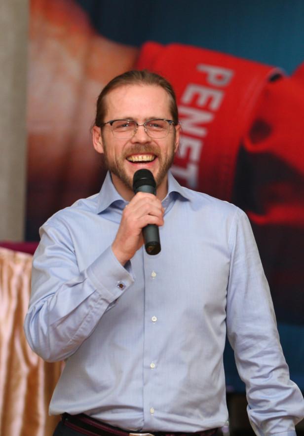 Игорь Черноголов